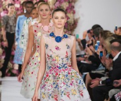http://theimprint.theimpression.com/wp-content/uploads/2014/09/oscar-de-la-renta-fashion-show-spring-2015-the-impression-1152-1050x586.jpg