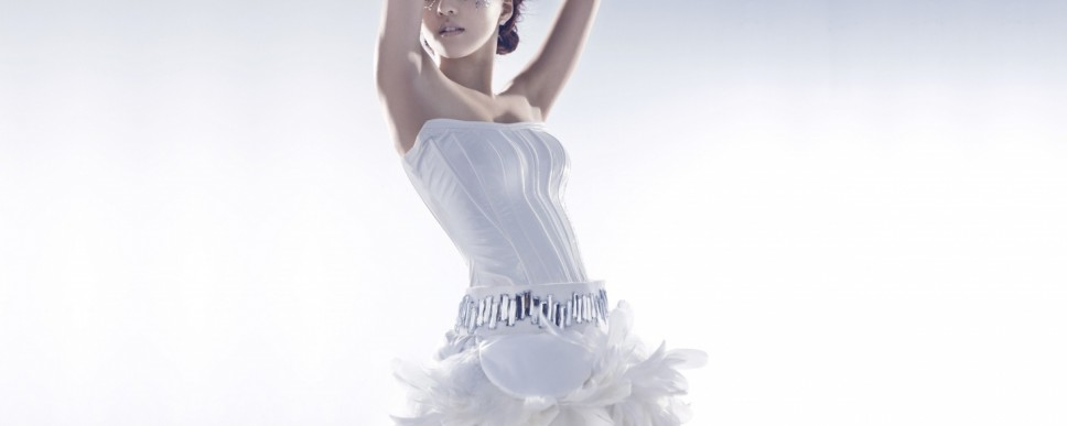 http://wallpaperswide.com/girl_in_white_dress_2-wallpapers.html