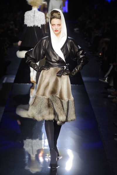 http://www.stylebistro.com/runway/Jean+Paul+Gaultier/Couture+Fall+2014/XUo1M3DWGRi