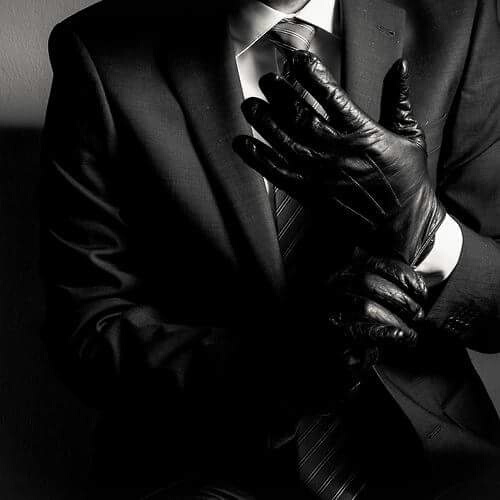 http://weheartit.com/entry/225016096/search?context_type=search&context_user=skorupek&query=man+suit